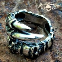 'Outlaw Man' Gothic 6 Skull Ring With Eagle Talon (295)