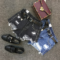 Ripped High Waist Casual A pair of jeans