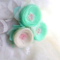 Flowers, Champagne and mint, brooch, clip for hair, wedding, White and mint , Jewelry, Wedding accessories, White flowers, brooch flower