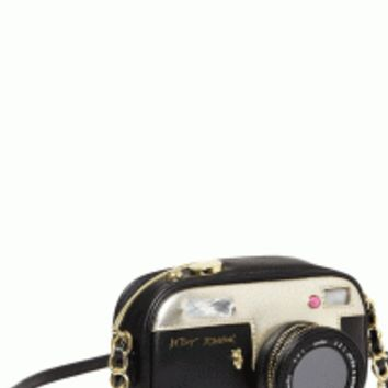 Insta-what?! Get your hands on this cute crossbody bag modeled after vintage-inspired cameras for a look that's picture-perfect.
