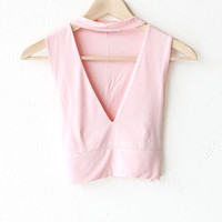 Choker V-neck Crop Top - Pink