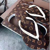 Louis Vuitton LV new men's and women's printed casual flip-flop sandals at home Coffee