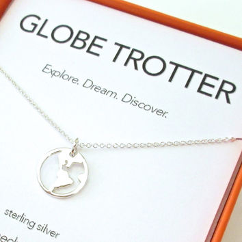 Globe Trotter Charm Necklace Set