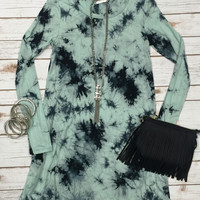 You Call Me a Dreamer Tunic Dress: Mint