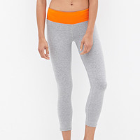FOREVER 21 Colorblocked Yoga Capris Grey/Cayenne