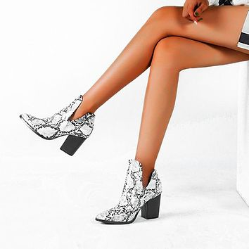 Motorcycle Western Cowboy Boots Women Animal Snake pattern PU Leather High Heels slip on Cowgirl Booties Ankle  Shoes