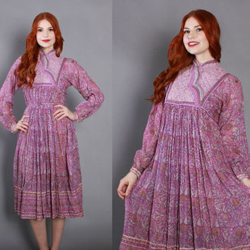 70s ETHNIC India Cotton Floral DRESS / 1970s Quilted Lavender Block print Metallic Gold Painted Indian Dress