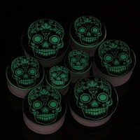 ACRYLIC WHITE GLOW IN THE DARK GID DAY OF THE DEAD SUGAR SKULL EAR PLUGS GAUGES