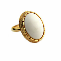 White Cabochon Gold Tone Ring /Vintage Jewelry/Statement Ring