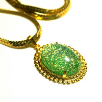 Green Fire Opal Necklace Vintage Oval Glass Cabochon Pendant Gold Tone Chain