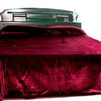 "Luxury bedcover in dark red velvet - Couture bed linen in luxe velvet - King Size bedspread 110"" X 96""- Red bedspread - Coverlet"