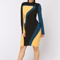 Diving Into The Universe Dress - Mustard
