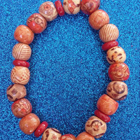 Wooden design beaded bracelet