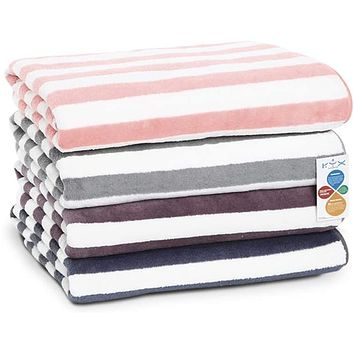 Bath Towels with Light Color Stripes, Soft, Comfortable and Durable