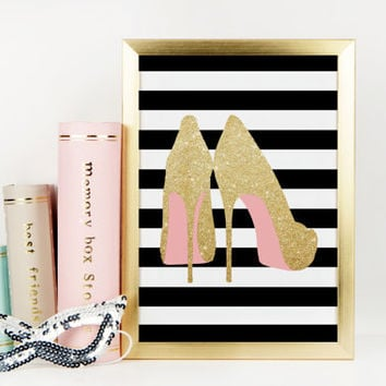 GOLD SHOES PRINT,Light Glitter,High Heels,Fashion Print,Pink Color,Pink Shoes,Fashionista,Gift For Birthday,Gift For Wife,Digital Print