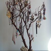 Beautiful JEWELRY TREE// Earring & Necklace Holder// Accessory Organizer