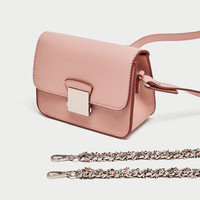 CROSSBODY BAG WITH CONTRASTING STRAP
