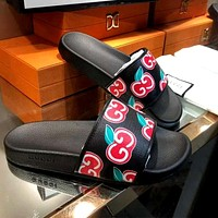 GUCCI 2020 early summer new double G cherry graffiti wild beach sandals shoes