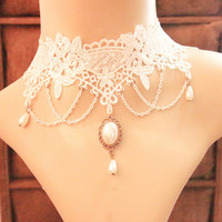 Gothic Jewelry White Flower Lace Rhinestone Pendant Vintage Choker Necklace Queen Princess Accessories False Collar
