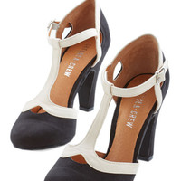 Chelsea Crew Vintage Inspired No Limit on Lovely Heel in Monochrome