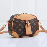 Louis Vuitton LV new presbyopia classic fashion one-shoulder messenger bag