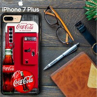 Coca-Cola Vending Machine W3422 iPhone 7 Plus Case