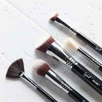 Sigma Beauty Baking + Strobing Brush Set - Urban Outfitters