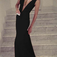 Black Plunge V Neck Maxi Dress