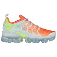 Nike Air Vapormax Plus - Women's at Foot Locker