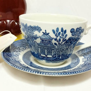 Vintage Blue Willow Churchill England Teacup and Saucer/Blue Tea Time Cup and Saucer