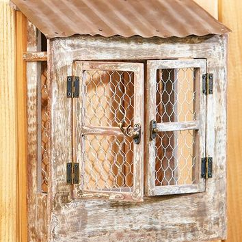 Rustic Wall Planter Wood Metal Chicken Wire Compartments Quaint Country