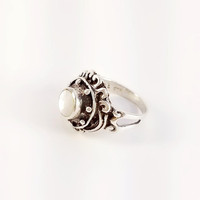 Ornate Vintage MOP Ring Size 6.75 - Round Mother of Pearl Ring - Vintage Sterling Ring - Engraved Sterling Ring