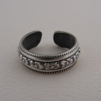 Sterling Silver Toe Ring or Ring Handmade with Hibiscus Flower Pattern