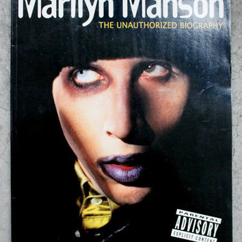VINTAGE 90s MARILYN MANSON Goth Heavy Metal Rock Biography Book. Rare Collectors Item.