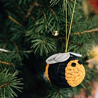 Paper Quilled Bee Ornament