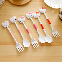 2pcs/set Hello kitty Outdoor Travel Dinnerware Set Plastic Cartoon Cutlery Kit Baby Gift Tableware D