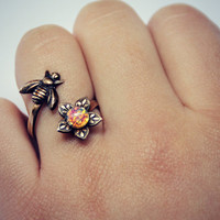 bee and flower ring with pink opal antique brass,  flower ring, bee ring, bee jewelry, bee accessories, spring fashion, vintage style