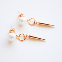 Spike pearl earrings 18K Rose Gold Plated
