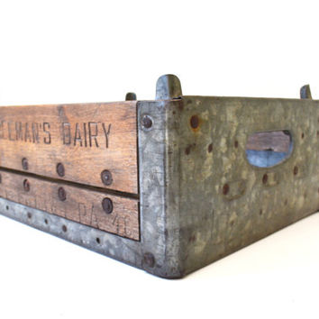 Vintage Wood Milk Crate, Half Pint Crate, Wood and Metal Crate, Rustic Wooden Crate, Industrial Storage, Dairy Farm, Farmhouse Décor