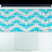 """Kuzy - Teal Hot Chevron Zig-Zag Keyboard Cover for MacBook Pro 13"""" 15"""" 17"""" (with or w/out Retina Display) iMac and MacBook Air 13"""" Silicone Skin - Teal / Turquoise HOT Blue"""