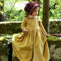 Medieval princess velvet gown for little girls. - Deluxe pattern on order