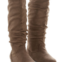 ModCloth Minimal Each and Every Day Boot in Tan