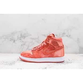 Air Jordan 1 High Season Of Her Pack Orange Sneakers