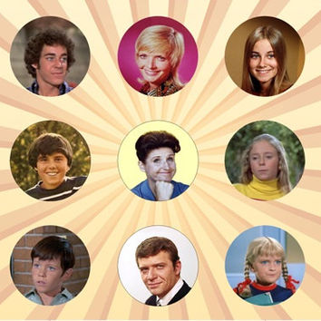 THE BRADY BUNCH Set of 9 - 1 Inch Pinback Buttons or Magnets