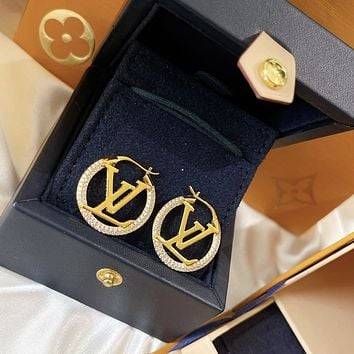lv louis vuitton woman fashion accessories fine jewelry ring chain necklace earrings 103
