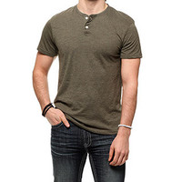 rue21 :   SS SOLID HENLEY LT OLIVE