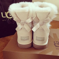 """UGG"" Women Trending Fashion Wool Snow Boots Sand white"