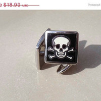 ON SALE 30% Off Jolly Rodger Cuff Links Vintage