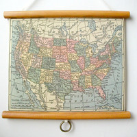 "Mini Pull Down Map Vintage Style Wall Hanging Poster Print on Fabric with Stained Wood Trim - United States Map (10.25""x8.25"")"