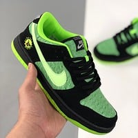 Nike SB Dunk Low Skateboard Shoes Sneakers